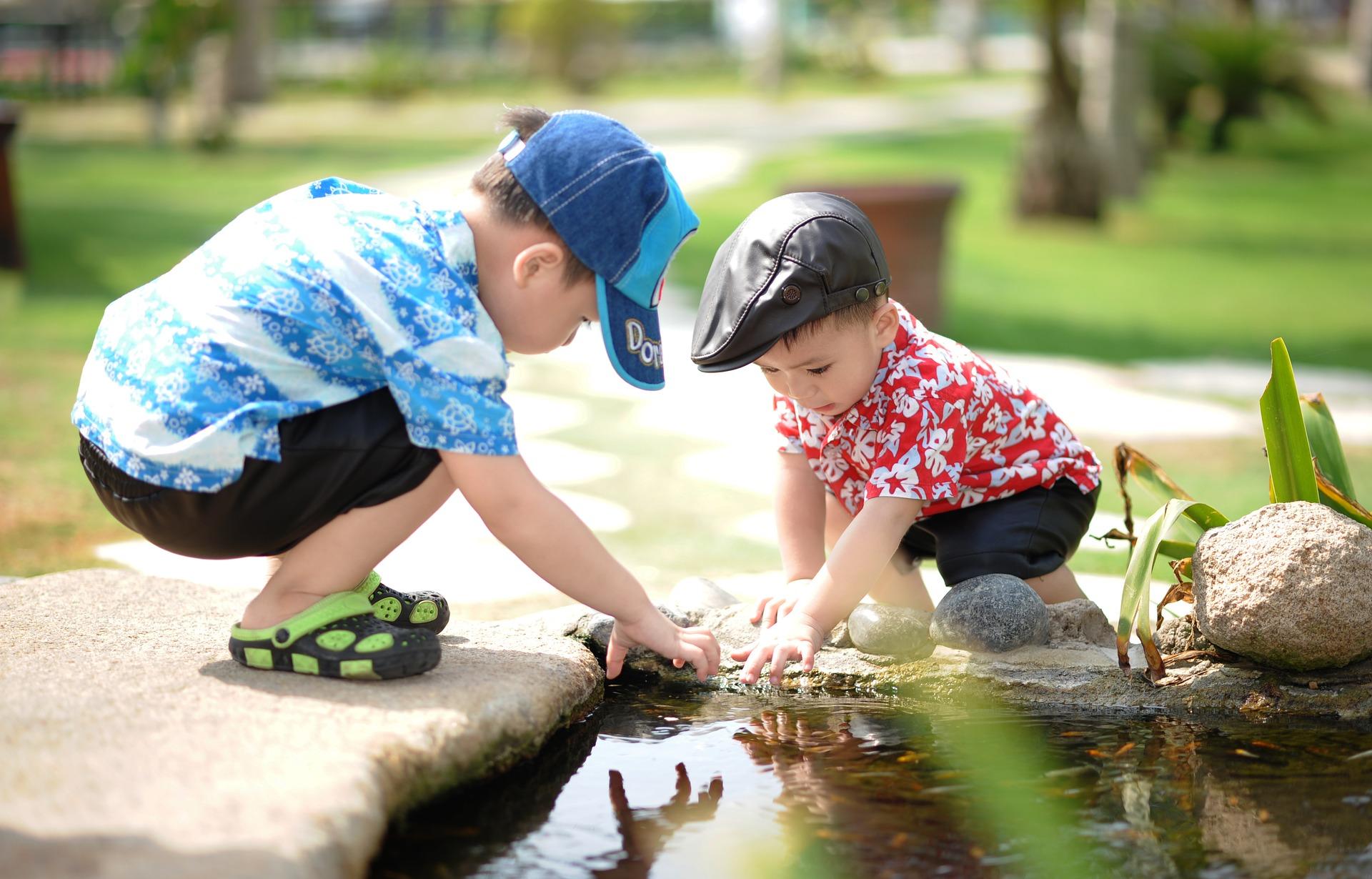 Utemiljön och social hälsa, lekande barn.