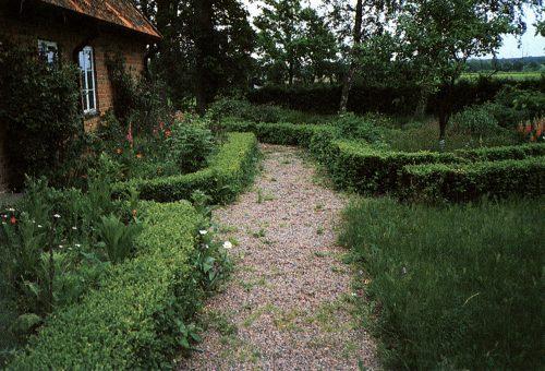 allmogeträdgård, gångar